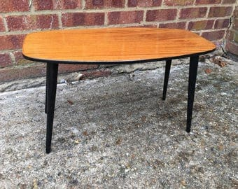 Small 1960's style tabe with removable legs