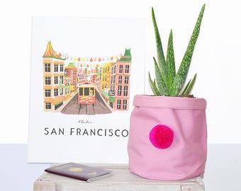 Basket of storage pink