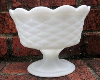 Vintage Large Milk Glass Pedestal Bowl Compote Goblet Centerpiece, shabby chic milk glass wedding decoration, White Milk Glass collection