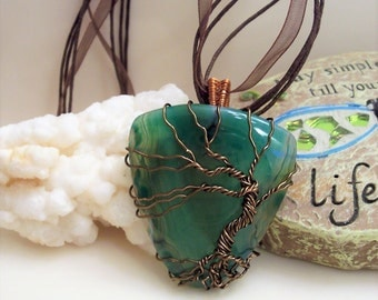 Agate Tree of Life Pendant, Agate Necklace, Green Agate, Tree of Life Necklace, Wire Pendant, Green Pendant, Bronze Tree of Life