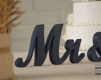 mr and mrs royal blue, wedding centerpiece navy blue, mr and mrs sign navy and royal blue