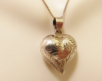 Vintge Sterling Silver Puffy Heart Necklace