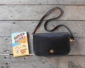 Vintage COACH No.0426-944 Black Leather Crossbody Bag , Shoulder Bag , Purse / Medium / Authentic /