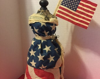 Miss Liberty Dress Form