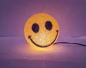 sALe 30% off Vintage Smiley Face Light Smile Lamp
