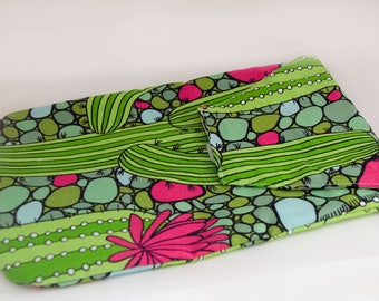Cactus Diaper Clutch,  Diaper Wallet, Diaper Organizer, Baby Boutique, Baby Gift, Infant Organizer, Green Cacuts Pouch, Keeper