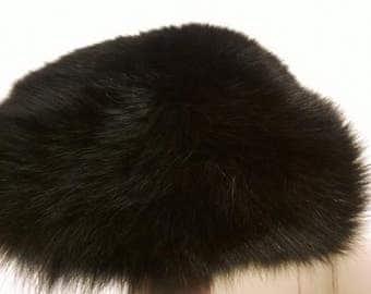 Gorgeous Black Fox Fur Hat - size small - vintage