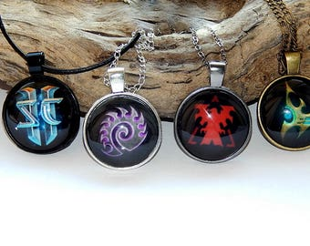 Starcraft 2 Zerg Protoss Terran Pendant Necklace keychain jewelry, Starcraft 2 Zerg, Protoss, Terran video game, Fan Art simbol patch  Gamer