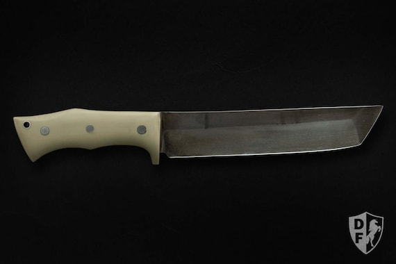 Sentinel: a Custom Fixed Blade Survival Knife