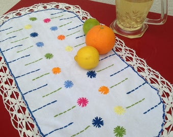 Vintage French hand embroidered table runner - fabulous kitsch textile !