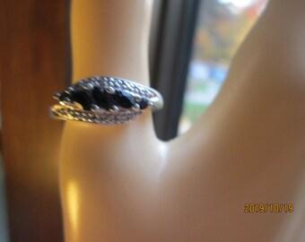 Vintage Designer Genuine Black Sapphire & Diamond Accented Sterling Silver Ring Size 7.25, Wt. 2.9 Grams