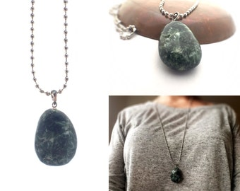 Seraphinite Necklace, Seraphinite Pendant, Green Gemstone Bohemian Necklace, Chunky Pendant, Boho Jewelry, Healing Jewelry, Healing Necklace