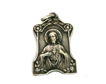 Vintage French Medal of the Sacred Heart of Jesus