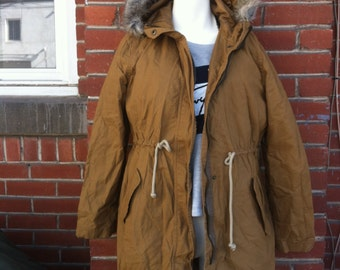 medium parka jacket