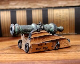 Vintage Handmade Miniature Brass Cannon Replica / Model Cannon / Mid Century Home Decor & Collectables