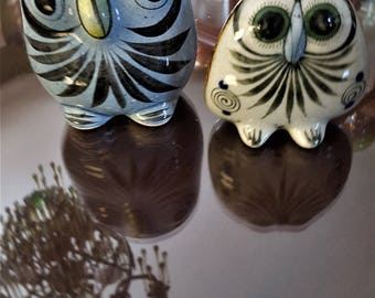 "2  Owls made in Mexico Vintage Set One 5""  x 3""  and 3 1/2"" x 2 1/2"" in great condition Decoration"