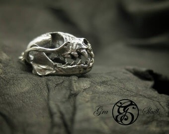 Silver Fruit Bat Skull Pendant