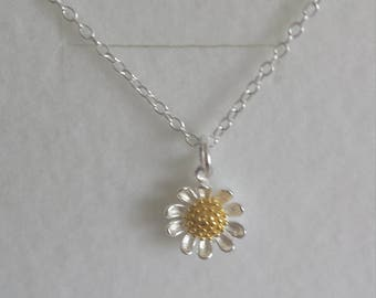 Daisy daisy necklace