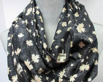 Infinity scarf, circle scarf, fabric scarf, Canada scarf, Canadian scarf, Maple Leaf, Maple Leaf scarf, Black scarf, Cotton Scarf, Canadiana