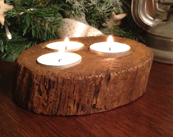Gorgeous triple candle holder. Rustic natural tree slice, natural.