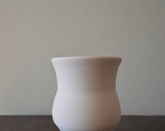 Handmade White Curvy Vase Pot Planter