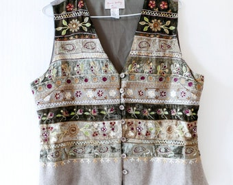 Elegant velvet vest embroidery-Boho style-Vintage folklore vest--Boho brown embroidery-Country romantic embroidery vest