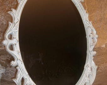 Vintage Syroco Wall Hanging Shabby Mirror Cottage White Chic Ornate Hollywood Regency