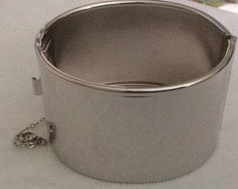 Vintage Coro Hinged Bangle Bracelet