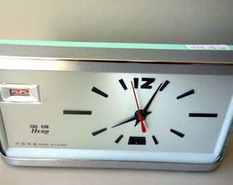 New old stock with box vintage retro alarm clock Hero mechanical pastel mint green chrome space age collectable China 1970s rockabilly