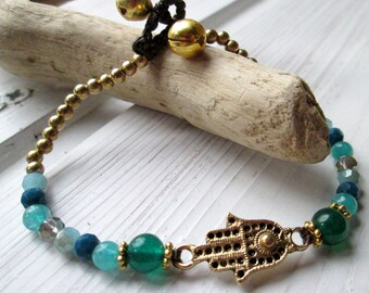 Pearl bracelet with Fatima's hand * hippie boho Festival style * yoga *.