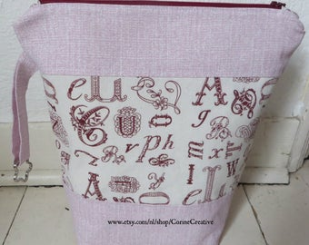 "Project bag ""Letters""/projecttas for knitting and crochet"