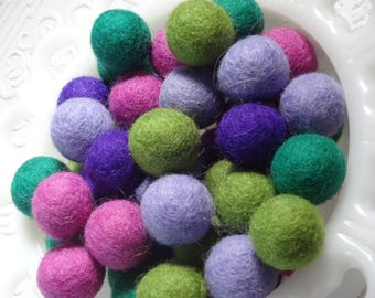 25mm Felt pom poms in Emerald & Shamrock green, violet, orchid, lavendar. Perfect for decor, garlands, photo props and crafts, 50 pieces