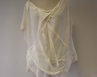 Exceptional off-white linen blouse, XXL size. Perfect for Spring/Summer.