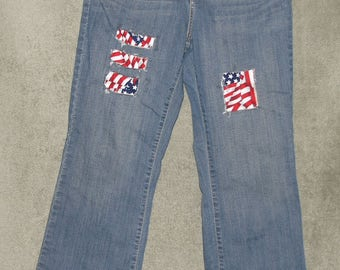 Levi's Jeans, Boot Cut Jeans, Super Cute, Womens Size 12 Medium, 31x31.5, Low Rise, Juniors, Teens, Stretch, Up Cycled, Patched Jeans