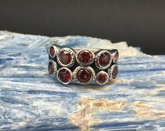 Garnet Cluster Ring // 925 Sterling Silver // Multi Stone Designer Setting // Red Garnet Ring
