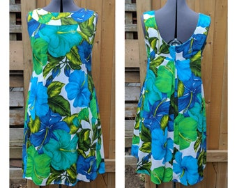 Vintage 1960's Hawaii Resort Shop 100% Cotton Knee Length Souvenir Dress In Teal, Blue and Green on White