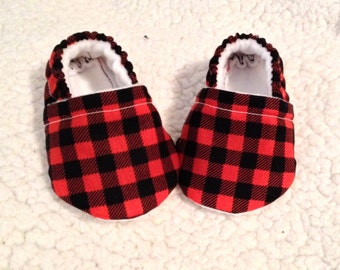 Baby Booties in Red & Black plaid prints ( prints may vary), Baby Moccasins, Baby shoes, Baby Crib shoes, Baby Gifts