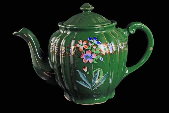 Hand Painted Teapot, Green, Gold Trim, Made in Japan, Floral Pattern, Scalloped