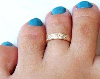 Gold Toe Ring, Gold Knuckle Ring, Gold Adjustable Ring, Gold Flower Ring, Yellow Gold Ring, Gold Band Ring, Small Gold Ring, Delicate Ring