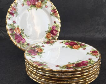 """Set of 4 of 8 Royal Albert Old Country Roses English Bone China 6"""" Bread or Dessert Plate"""