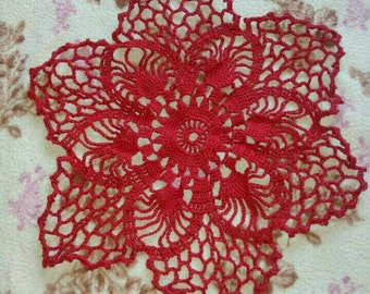 Doily to table red cotton