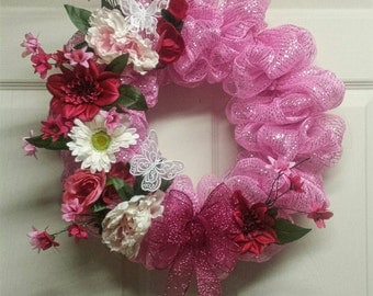 Pink Spring Mesh Wreath, Spring Mesh Wreath, Pink Wreath, Butterfly Wreath, Pink Wall Hanging, Everyday Wreath, Deco Mesh Wreath