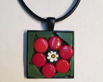 Stained-glass mosaic single-flower square pendant