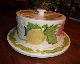 Vintage Ceramic Cake Plate with cover