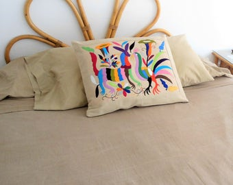 otomi pillow, mexican otomí pillow, mexican embroidered pillow