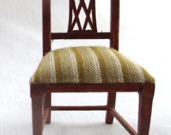 1/12 Scale Dollhouse Roombox Diorama Sheraton Chair Jbm J31089