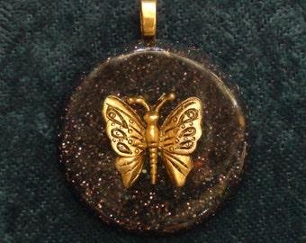 Golden Butterfly Third Eye Pineal Crown Chakra-Tuning Orgone 30mm Pendant 72 energy harmonizing crystals Quartz black cord silver chain