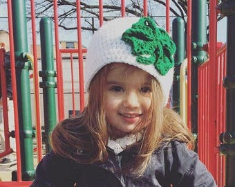 Shamrock hat, St Patricks day hat, Clover leaf hat, Four leaf clover, White hat, Crochet hat, St Pattys day hat