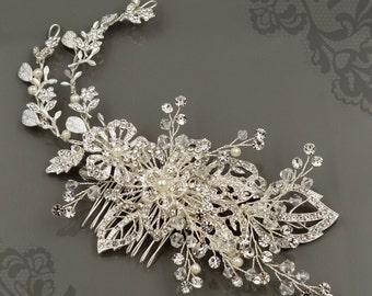 Silver Hair Comb, Floral Wedding Hair Comb, Crystal Bridal Hair Comb, Rhinestone Hair Comb, Crystal Hair Clip, Wedding Hair Comb HMH00655