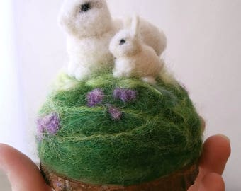 Rabbit pincushion, needle felt rabbit, white rabbit, Gift for mom, pincushion, baby bunny, mother rabbit, sewing gift, sewing accessory